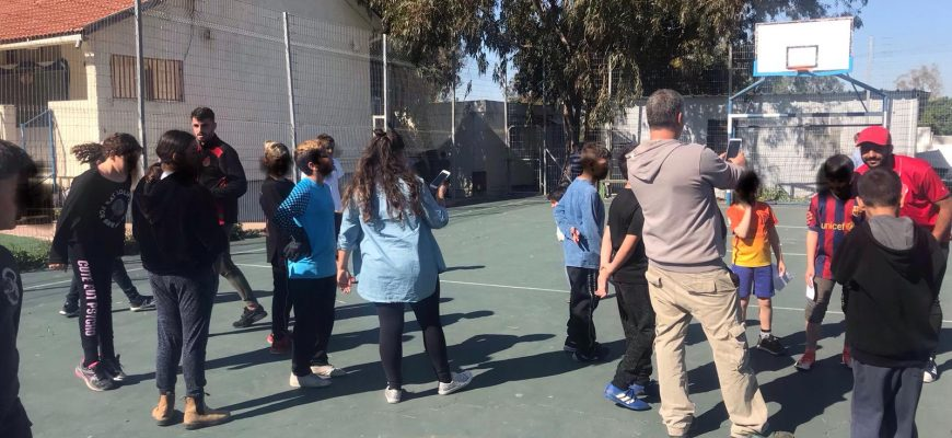"""ניר לקס ועידן כהן ביקרו בבי""""ס אקשטיין לילדים עם ליקויי למידה"""